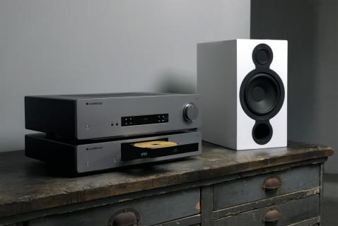 CXA61 - Integrierter Stereo-Verstärker